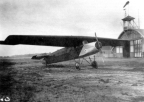 The Fokker F.II was rebuilded several times. Here we see the aircraft without nationalitymarks