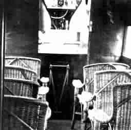Fokker F5: caine chairs in the cabin