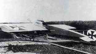 Fokker E.2. 69/15 parked in the open air near the Fokker factory. This may have been the last Fokker E.2. to be produced