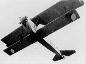 The Dutch Airforce bougt 30 S.4's, all in the beginning with 125Hp Le Rhone Oberursul engines. In 1926/1927 these engines were replaced by more powerfull 148 Hp Armstrong Siddeley Mongoose