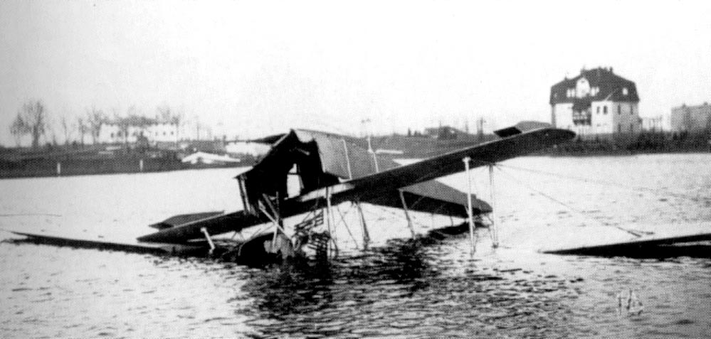 Al what left from an accident with the first Fokker Waterplane, the Fokker W.1