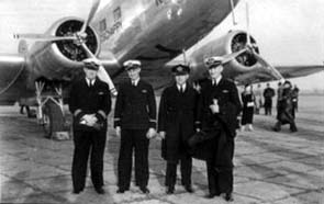 Crew of the first DC2 on the Batavia-Amsterdam service