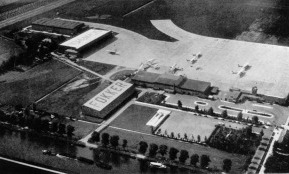 Schiphol 1931, hangars and a new concrete platform