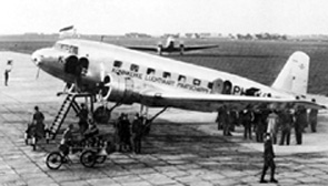 DC2 at Schiphol airport, 1934