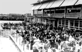 The terras at Schiphol, 1938
